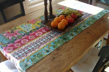 No-Sew Table Runner From Cloth Napkins