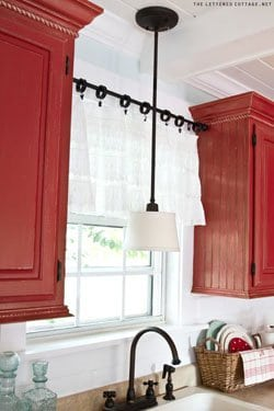 simple kitchen valance b