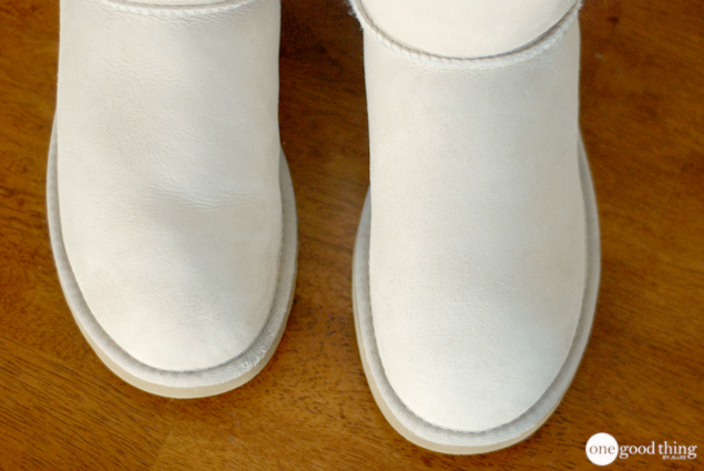 A view of the toe area of a pair of very clean white Ugg boots