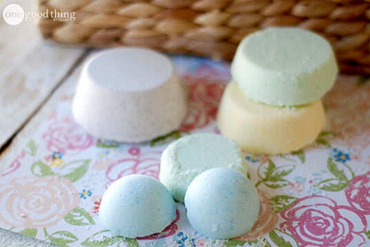 How To Make Your Own Lush-Inspired Bath Bombs